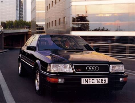 Audi V8 Car Photo Gallery