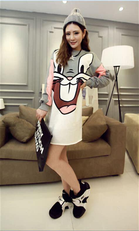 Kaos Wanita Bugs Bunny And Friend Terlaris kaos cewek gambar bugs bunny model terbaru jual murah import kerja