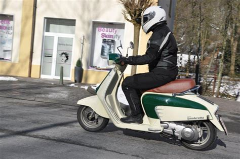 Roller Im Motorrad Look by Lambretta Ln 125 Testbericht