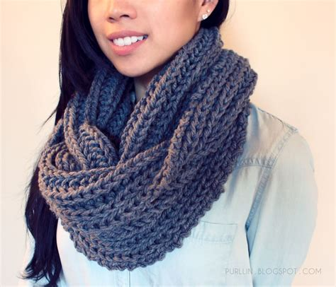 knitting infinity scarves best 25 infinity scarf knitting pattern ideas on