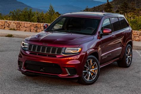 trackhawk jeep engine 2018 jeep grand cherokee trackhawk first drive fastest