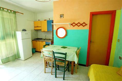 affitto appartamenti madonna di ciglio vacanza isola elba sul mare affitto bungalow mobile