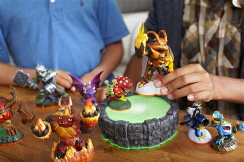 how much do disney infinity characters cost gamescom 2012 skylanders giants column