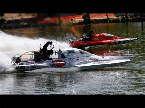 speed boat question worlds fastest boat quot problem child quot 261 33mph youtube