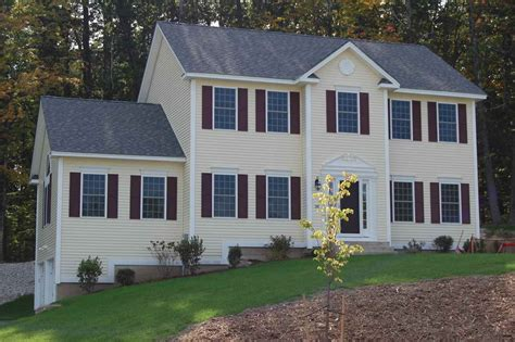 california room hudson nh 38 rolling woods drive 2 7 hudson nh 03051 in hillsborough county mls 4616099 offered at