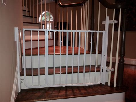 Baby Proof Banister by Baby Gates Babyproofing Help I Atlanta S Pro Babyproofer