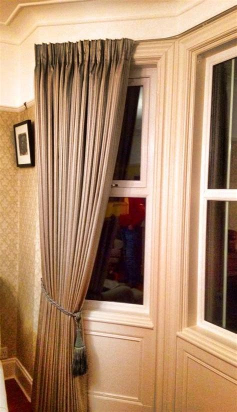 Making Triple Pleat Curtains by 17 Best Images About Bay Window Ideas On Pinterest Bay