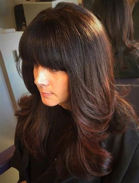 feathered and layered hairstyles on dark brown hair feathered layered hairstyles with side bangs foto bugil