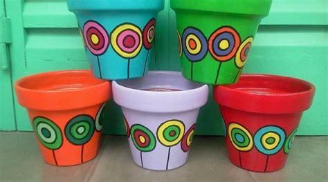 decorare vasi di plastica 13 idee per decorare i vasi in terracotta e non fito