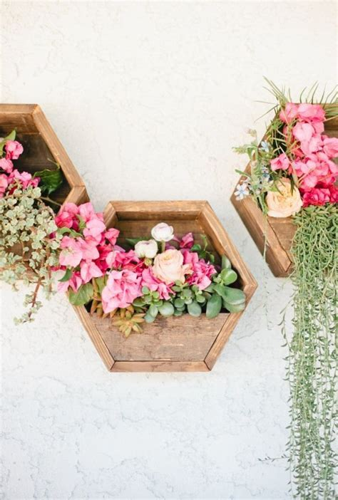 Pretty Planter Ideas by 25 Best Ideas About Wooden Planters On Wooden