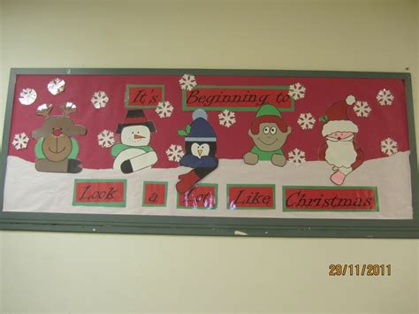 unwrap good behavior christmas bulletin board 1000 images about dispay on reindeer snow and classroom