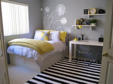gray and yellow bedroom walls ideas