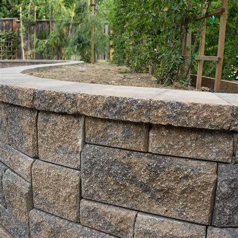 structured building materials allan block retaining walls