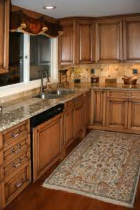 Maple Kitchen Furniture 25 Best Ideas About Maple Kitchen Cabinets On
