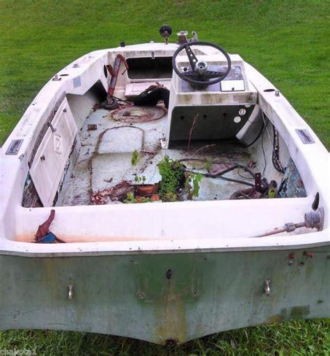 glastron boat trailer parts find glastron fiberglass boat with trailer salvage or fix