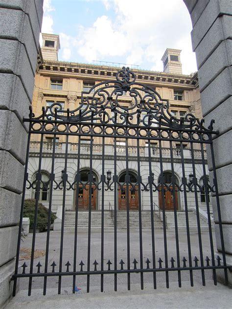 united states customhouse portland oregon wikipedia file united states custom house portland oregon 2012