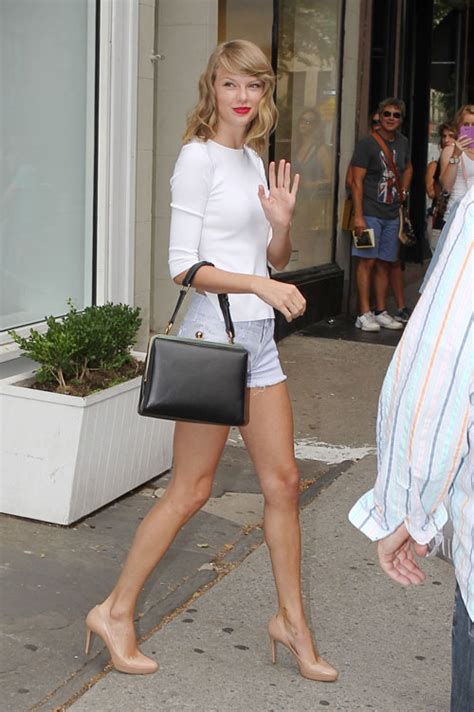 taylor swifts legs look amazing in short shorts photos celebrity street style