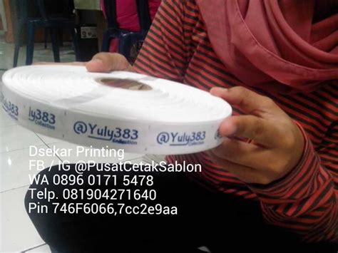Jasa Buat Label Pita Harga Bersahabat jasa cetak bikin buat sablon label baju dimakassar pusat