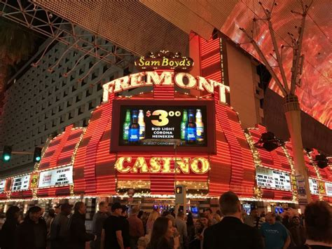 Best Hotel To Stay In Las Vegas Where To Sleep In Las Vegas The Best Districts And Hotels
