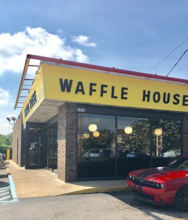 waffle house lavergne tn waffle house american restaurant 5255 summer ave in