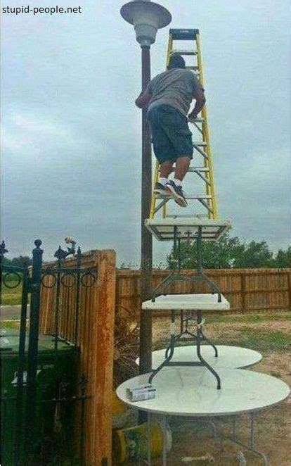 dumb  haha funny darwin awards funny pictures