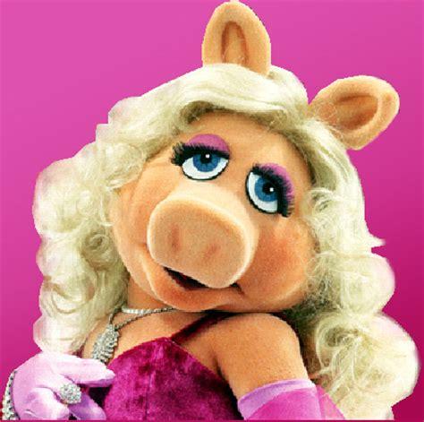 costume recipe: miss piggy bunch