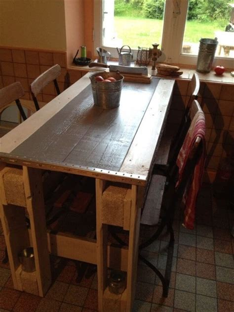 get an amazing kitchen table from pallets 101 pallets