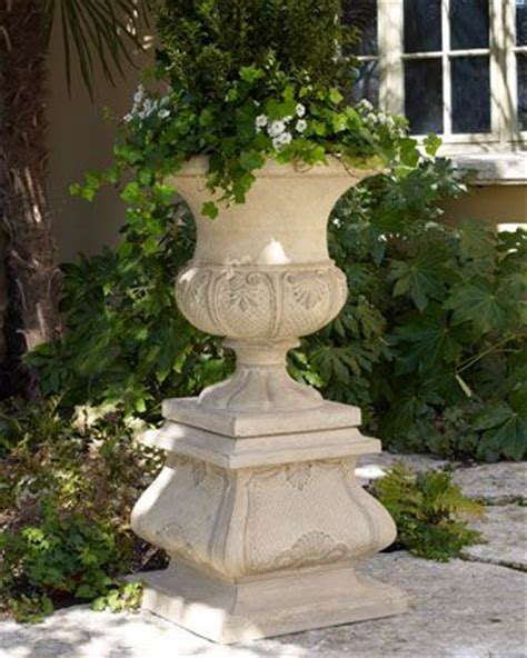 Outdoor Pots And Urns 17 Best Ideas About Urn Planters On Topiary