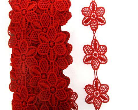 Renda Elastis Bunga 2cm 02 flor em renda 4 cm vermelha d 250 zia d 170