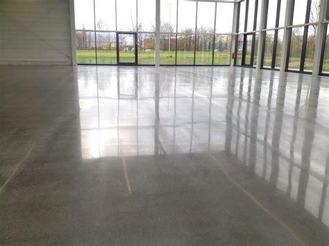 Epoxidharzbeschichtung Polieren by Schleifen Polieren Und Oberfl 228 Chenverg 252 Ten Beton