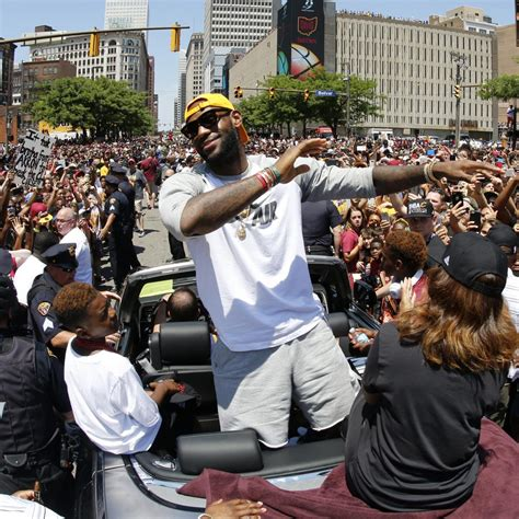 lebron james bench press max 100 lebron james max bench press lebron james