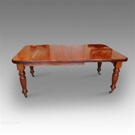 8 Seat Dining Table Edwardian Walnut 8 Seat Dining Table Antiques Atlas