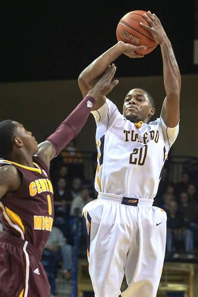 julius 14 brown toledo tops central michigan to stop skid the blade