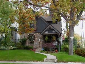 Cottage Building by Cottage House Blog Title