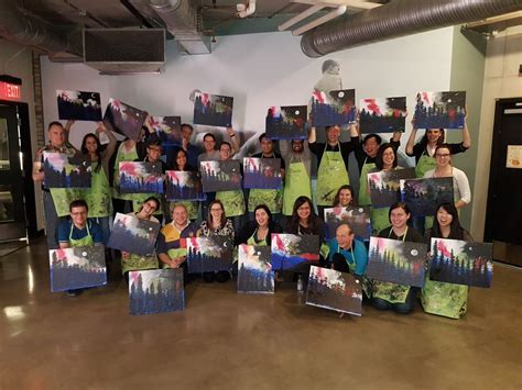 Photo De Bureau De Getty Images Paint Nite Glassdoor Fr