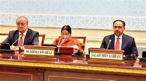 sushma swaraj proposes air freight corridor between india and central asia