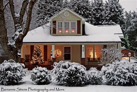 decorated homes photos christmas christmas holiday ideas planning photos