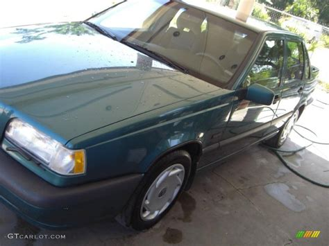 1995 volvo 850 sedan 1995 classic green volvo 850 sedan 32391698 gtcarlot