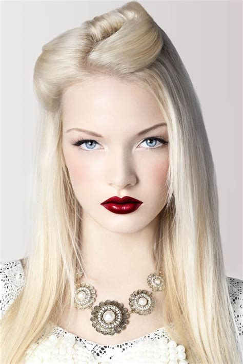 with platinum hair platinum hair color long hairstyles