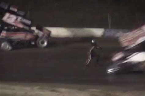 tony stewart sprint car crash tony stewart sprint car crash kills driver kevin ward jr