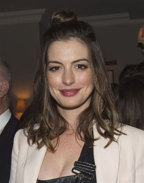 anne hathaway colossal tiff party in toronto 992016