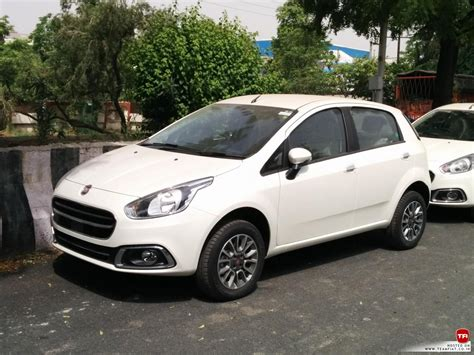 fiat punto 2014 2014 fiat grande punto evo facelifts now in dealer