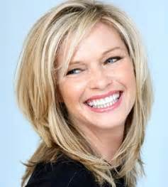 Medium layered hairstyles for round faces pictures 1