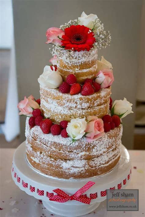 Wedding Cake No Icing by 2014 Wedding Trend Cakes Icing Between Layers