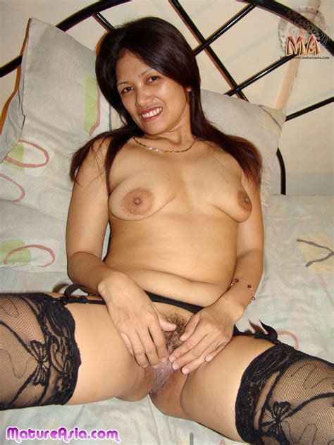 Asian milf From The philippines Loves To Have sex