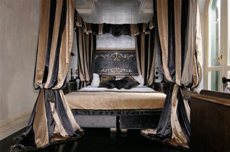 Schlafzimmer Braun Schwarz by Tagesdecke In Braun 25 Originelle Vorschl 228 Ge