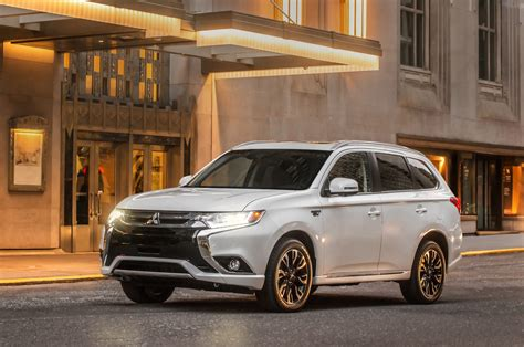 2017 mitsubishi outlander in reviews and rating