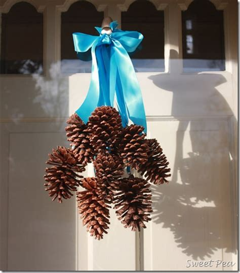 Pine Cone Door Decoration by 12 Amazing Door Decorations You Can Make On The