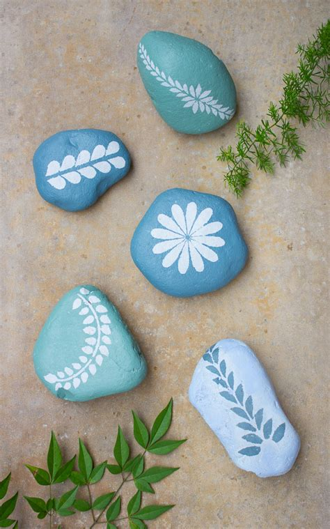 Chalk Paint Stenciled Garden Rocks Design Improvised Templates For Painting Rocks