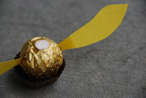 house  paint  golden snitch